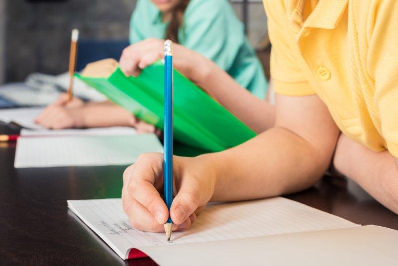 teach essay writing to children